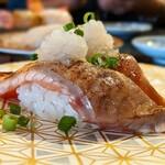 北海亭 - 炙りサーモン