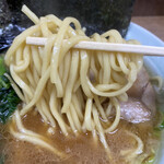 ラーメン壱六家 - 麺