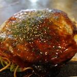 蔵屋 - 肉玉そば(600円)
