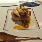 リストランテ カノフィーロ - 江別産黒豚ロース肉のグリーリア セミドライトマトのブッタネスカ