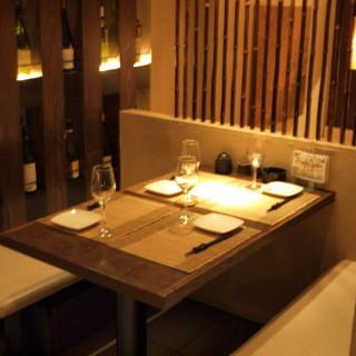 【半個室】ボックス席はカップルや接待利用時に人気のお席です!