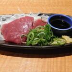 魚民 - 料理写真:馬刺し