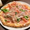 アリエッタ - 料理写真:半熟卵とパルマ産スペックとルッコラのピッツァ