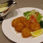 レストランあんどう - 紋別産帆立貝のフライ