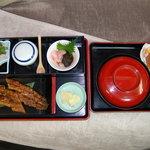 うなぎの旭屋 - 料理写真:長焼き定食