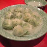 龍口酒家 - 韮と海老の蒸し餃子