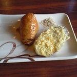 丸亀製麺 - いなり、さつまいも天ぷら