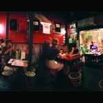 サムロータイレストラン - Aniversaryにタイの楽器を披露いたしました。