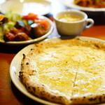 PIZZA SALVATORE CUOMO - WEEKDAY LUNCH (¥1,200)