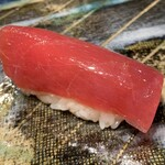 第三春美鮨 - シビマグロ 86kg 腹上二番 赤身 熟成4日目 延縄漁 宮城県塩釜