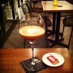 プレストコーヒー - ラテシャケラート エスプレッソとミルクにグラニュー糖を加えシェイクしました。 \650