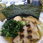麺匠 文蔵 - 料理写真:文蔵王様ラーメン、ほうれん草追加