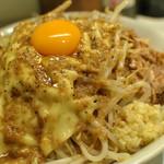 麺処 マゼル - チーズまぜそば(醤油)ヤサイニンニクアブラ
