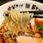 麺 昌まさ - 麺は中平麺
