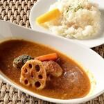 ジ サッカ カフェ - 料理写真:根菜のスープカレー