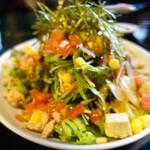 きんぱぎんぱ - サラダ。小なのにこのボリューム