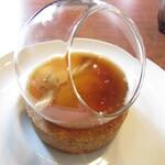 レクスキ フレンチetワイン - フランスの鴨のフォアグラのフラン フランスのしらたけ 京地鶏のコンソメ 小芋
