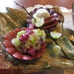 レクスキ フレンチetワイン - 前菜~明石のハリイカのタルタル・ユリネのムース イノシシのタン