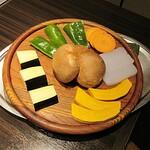 ステーキハウス蜂 - 鉄板焼きのお野菜。before.