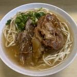 田舎 - 料理写真:ソーキそば430円