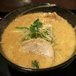 もちもちの木 - 味噌拉麺:810円/2020年2月