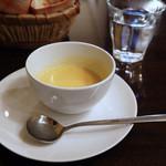 ん bistro - ランチのスープ