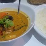 curry DELHI グルメ - 海老とココナッツのカレー