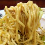 珍々亭 - 「丸八製麺」中太麺!