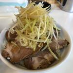 メロディー - ネギチャーシュー丼