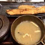 しんぱち食堂 - サーモンハラス干し定食