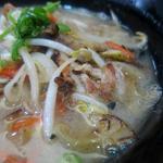 グリル清起 - 豚汁は野菜炒め入り味噌汁