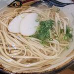 125760190 - ソーキそば(中)、麺をアップ