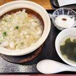 125779712 - 今週のポーザーハン950円(税込)を注文!説明には魚介と野菜のブラックペッパー炒めとありました。