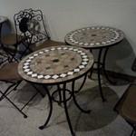 グッドウッドテラス - しゃれたもようのテーブル