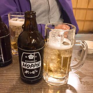 酒屋の酒場