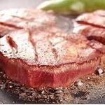 パティスリー&イタリアン酒場 リロンデル - 牛タンステーキやっぱり厚切りは旨い!