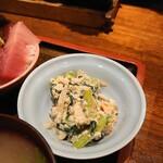 大阪炉端キッチンMARUDA-I - 海鮮丼・小鉢