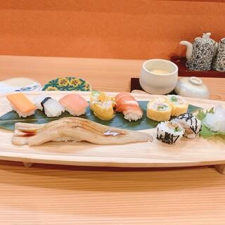 日本初!野菜でできたあかちゃん寿司、1歳誕生日に。
