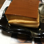 ぷりんの店 杓文字 - 料理写真:持って帰る途中で、崩してしまいました(笑)