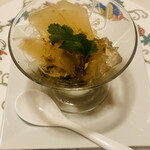 125809947 -                          ●フカヒレの姿煮 上海ゼリー寄せ 山椒ソース           1人前1/3   1,600円