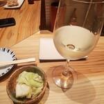 yakitoriporokichi - 白ワインとお通し