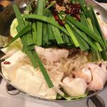 鉄板焼き・名物もつ鍋 花〇商店 - 料理写真: