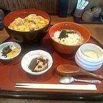 12582032 - 親子丼定食です。