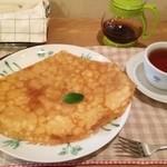 クレープリー カフェ 樹水 - バタークレープ(蜂蜜レモンのソース)