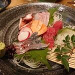 天ぷら酒場 KITSUNE - お造り5種(1,200円)