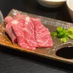 京松蘭 - 佐賀牛の炙りとハラミ刺し
