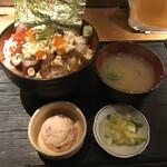 125833053 - 漁丼 500円                        + ご飯大盛 無料