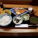 銀座 熊さわ - 麦とろご飯と焼き魚膳