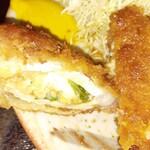 とんかつ山道 - 納豆チーズかつ