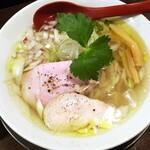 金町製麺 - 真鯛と穴子出汁の塩そば